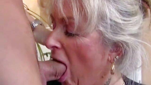 پیرمرد هنگام تماشای پورنو سوپربکن دیوانه می شود